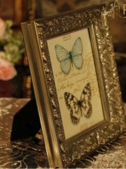 wood /gesso/ classical photo frame