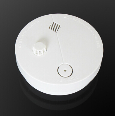 Stand alone combo smoke and heat alarm