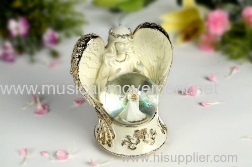 POLYRESIN SILVER ANGEL LOVE WIND UP MUSIC WATER GLOBE