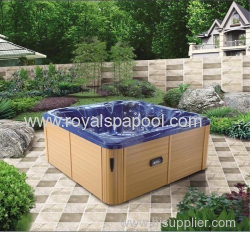 Hot tub outdoor jacuzzi spa