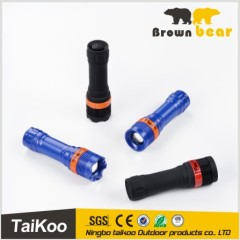 new design 3 colors zoom cheap plastic led torch with 2 types of head