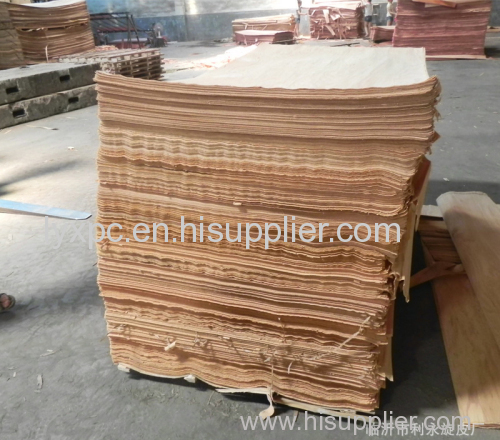 1300x2500x0.2-0.5mm rotary cut gurjan face veneer/natural wood veneer/keruing veneeer with good color and grain