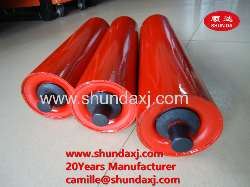 friction aligning conveyor roller for powder used