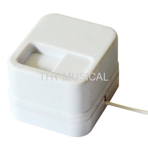PULL SHELL MUSIC BOX