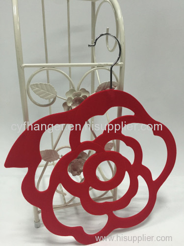 Red velvet flower design non-slip scarf hanger made in China