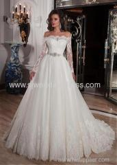 Tulle Off-the-Shoulder Neckline Ball Gown Wedding Dresses with Lace Appliques