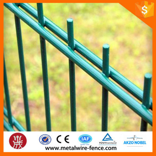 Used vinyl coated cheap double yard fencing