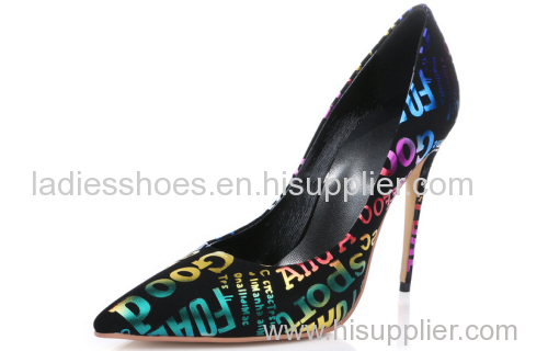 high heel black ladies pump with English word