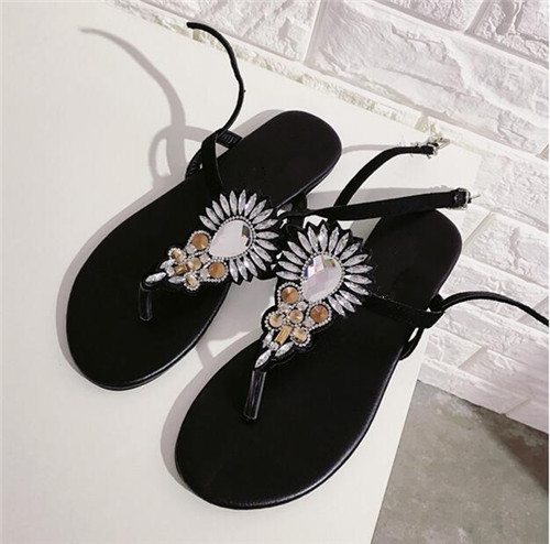 Ladies clip toe flat shoes black