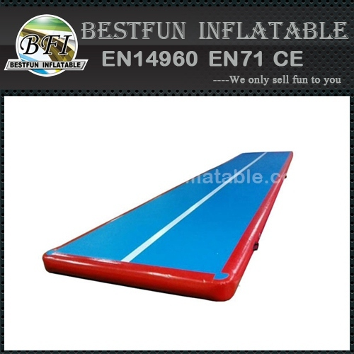 Gym using mini gym equipment inflatable mat