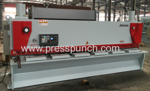 Hydraulic guillotine shearing and steel plate cutting machine
