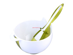 two tone/color double injection plastic baster bowl with silicone brush