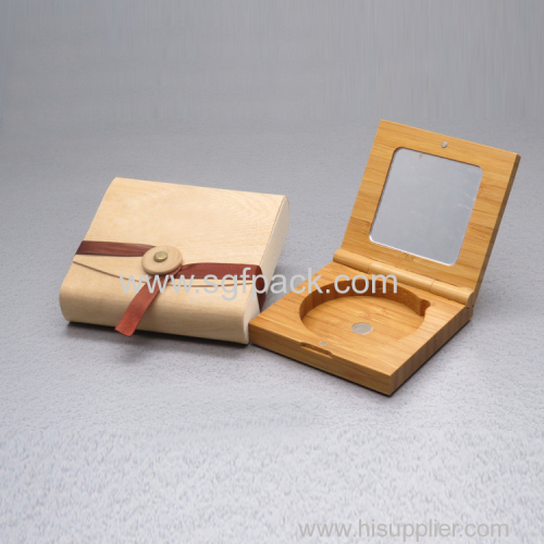 Square bamboo blush case with mirror