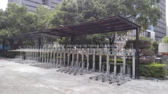 Automatic two tiered bike parking system