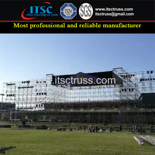 Truss Rigging with Scaffolding Structure Building Gable Truss Roof