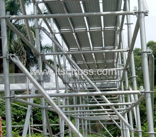 Assembling the Ringlock Scaffolding by Guangzhou Factory