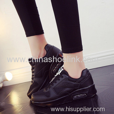 Full Black Adventurer Outdoor Shoes in PU Sole with Love Airbag