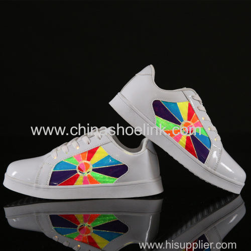 Best skateboard shoes with LED lights sport casual shoes fashion shoes manufactor