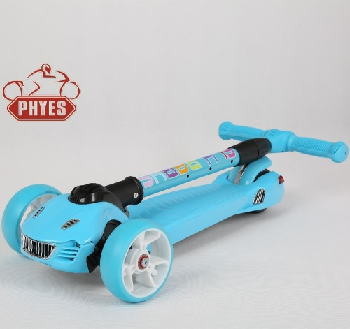 PHYES Crazy JOEY Hearts Kids Push 3 Wheel Scooter with Knee
