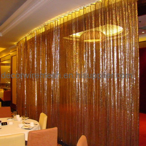 Golden Cloth Divider /Partition For Restaurant