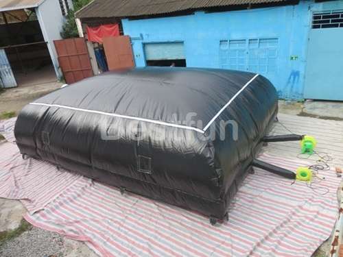 Inflatable foam pit stunt jump air bag