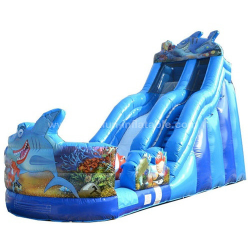 Correct installation of blowers for inflatable slide