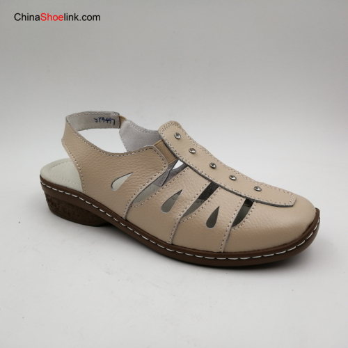 Wholesale Women Flat Sandals Leather Summer Shoes
