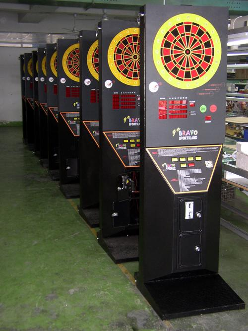 Coin-operated cyber-darts machine