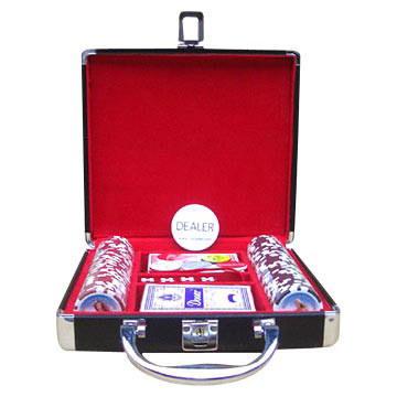 100pcs Poker Chip Set with Black Case