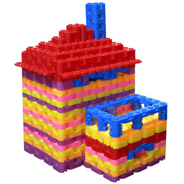 Colorful plastic building toy