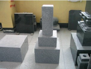 Japanese Style Tombstone and Monument02